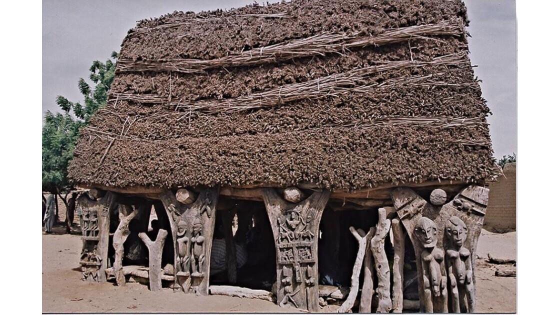 35-35 Madougou