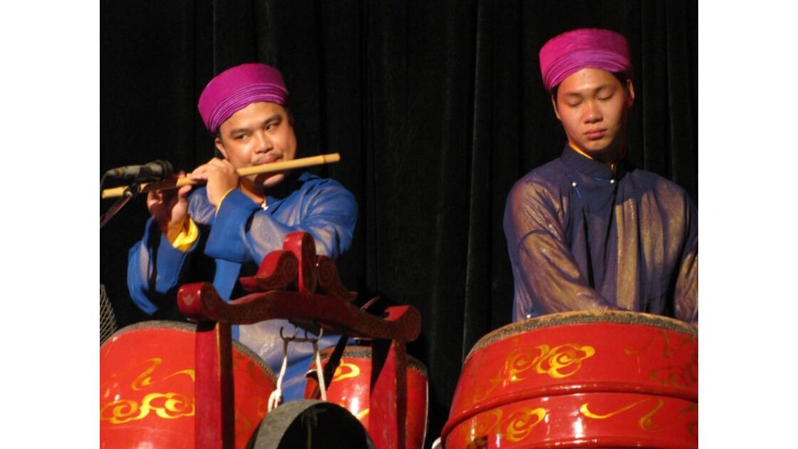 Hanoi théâtre marionnettes sur l'eau