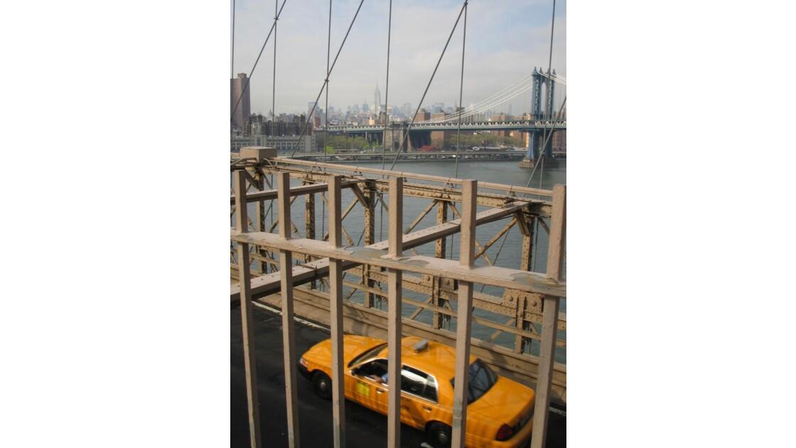 L_eau_envahie_par_homme_newyork_2006.jp