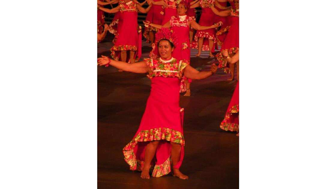 Danseuse polynésienne 2