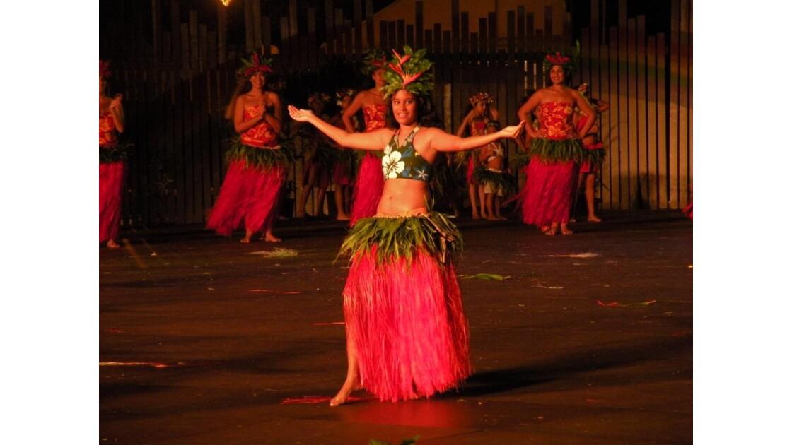 Danseuse polynésienne