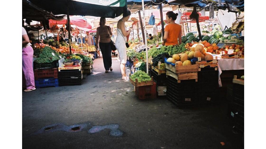 un marché de Bucarest
