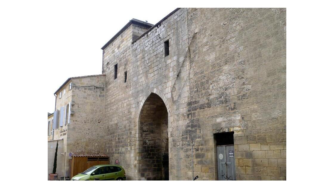 porte de la tour du grand port