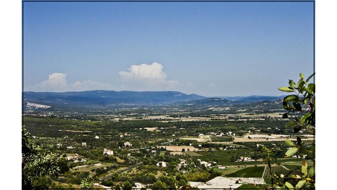 La plaine et le massif du Luberon !
