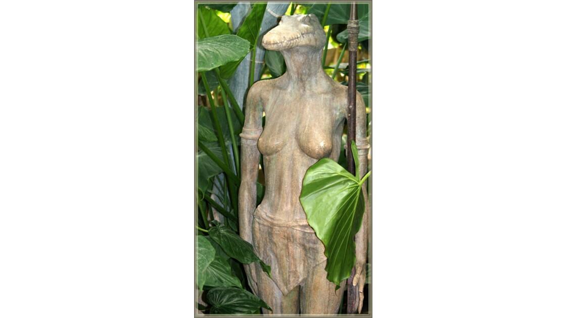 Femme croco