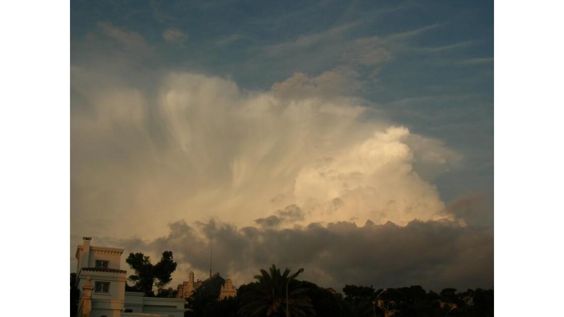 bataille de nuages.JPG