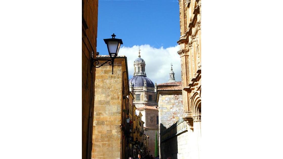 Salamanque,rue vers les cathédrales