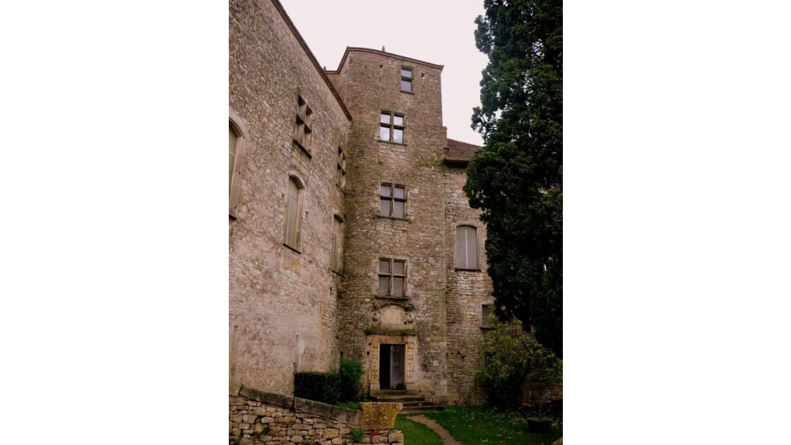 la tour du château neuf