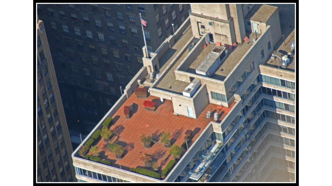 Terrasse on the top vue del'E.S.Buildin