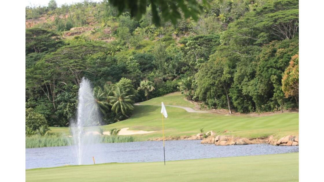 Golf_du_Lemuria_Praslin_9043.JPG