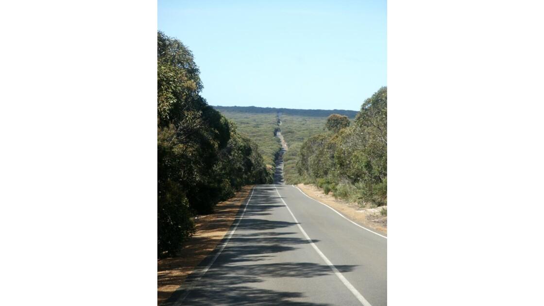 Route presque droite sur Kangaroo Island