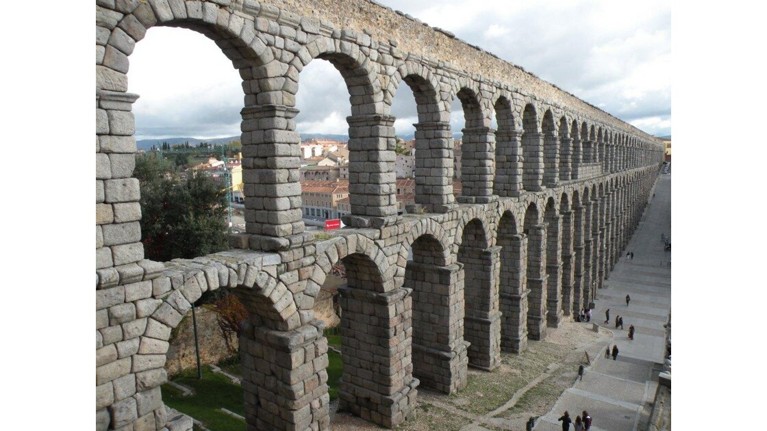 L'Aqueduc Romain