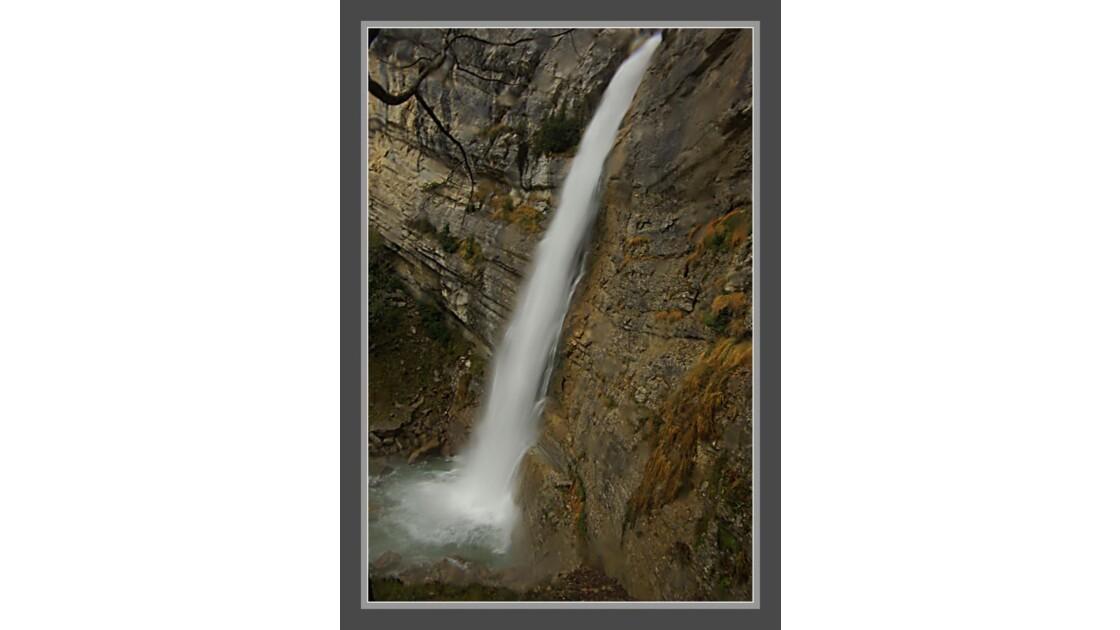 cascade des Ecouges