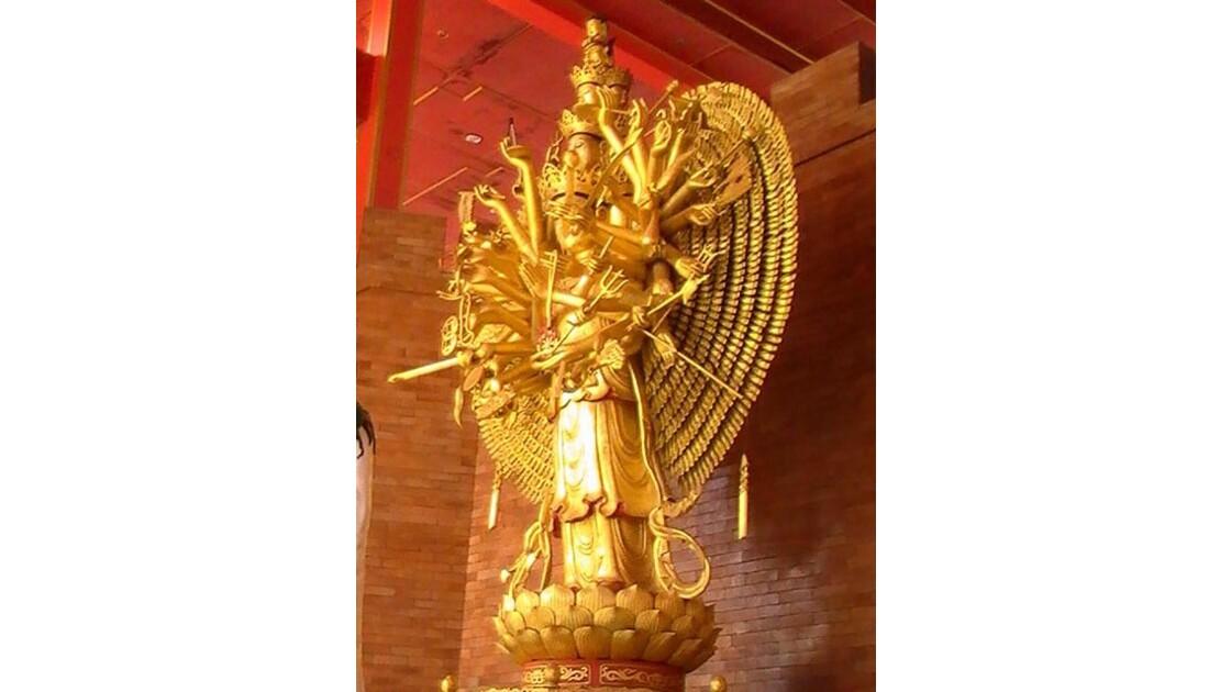 statue de chiva à bangkok (centre)