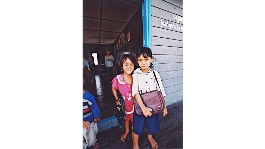 35-28-01 Tonlé Sap