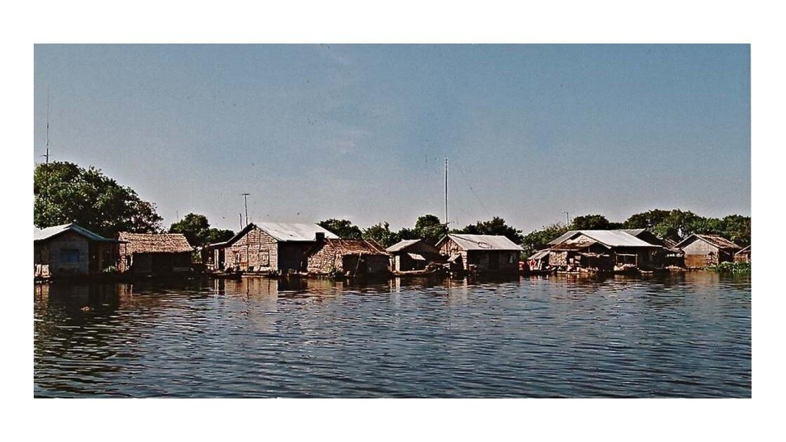 21-28-04 Tonlé Sap