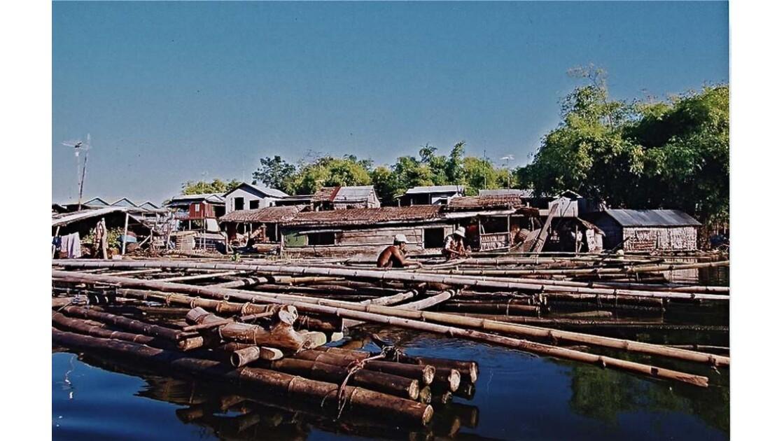 26-28-04 Tonlé Sap