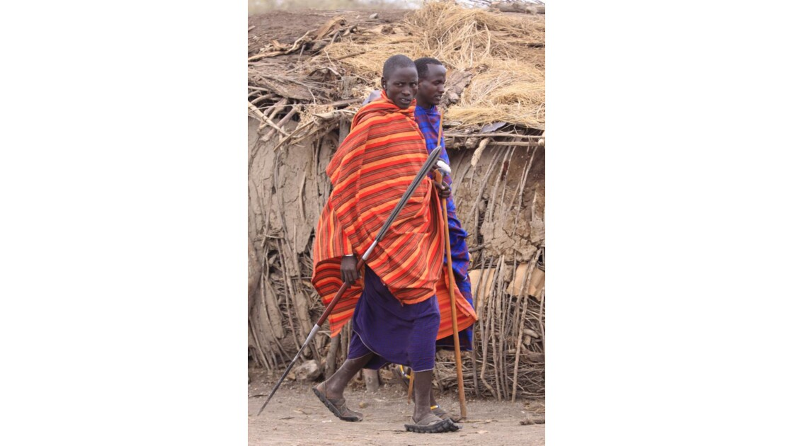 Hommes Massaïs