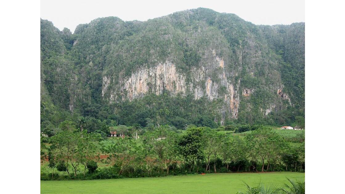 Mogotes - Parque Nacional de Vinales