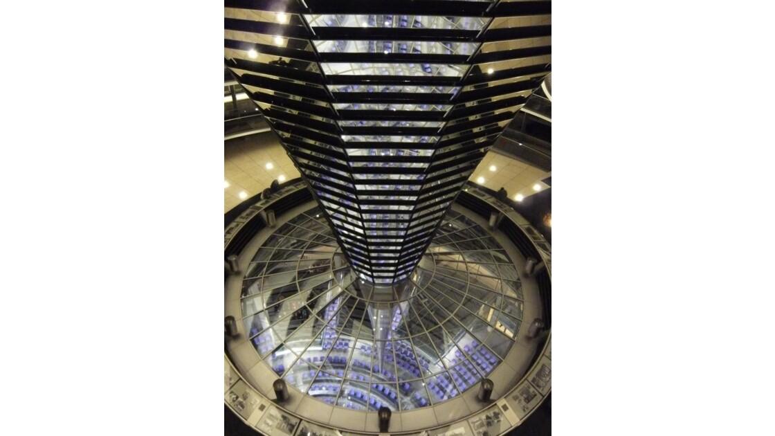 intérieur du dôme du Reichstag