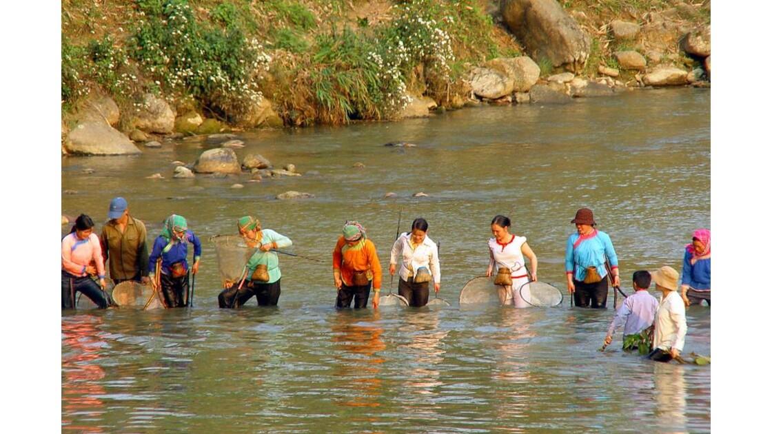 Région de Sapa : ils ont la pêche