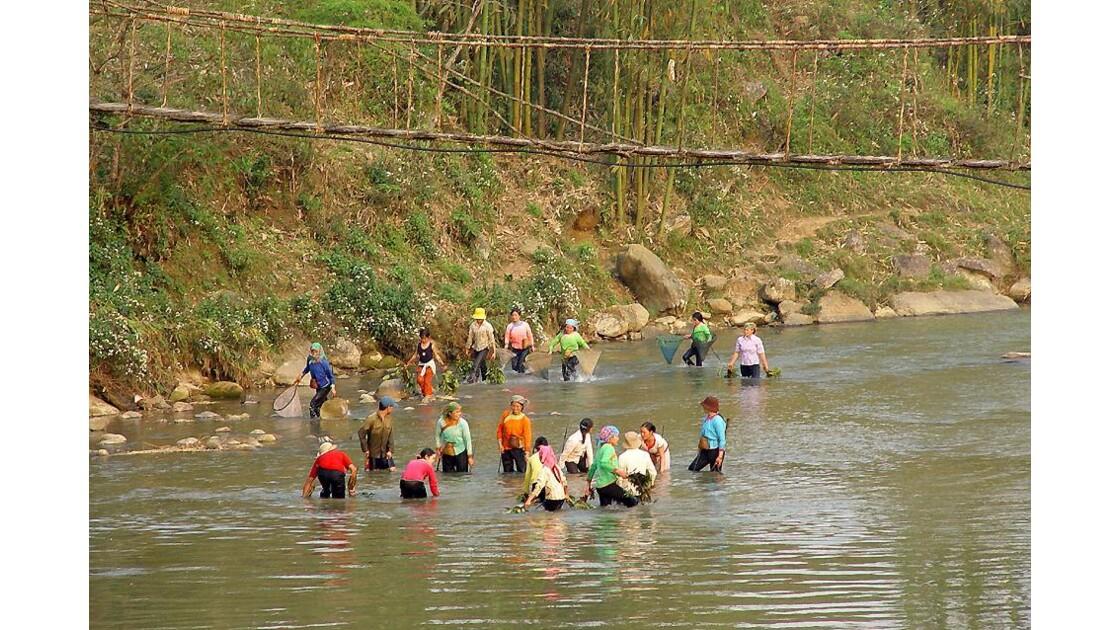 Région de Sapa ,ils ont la pêche...
