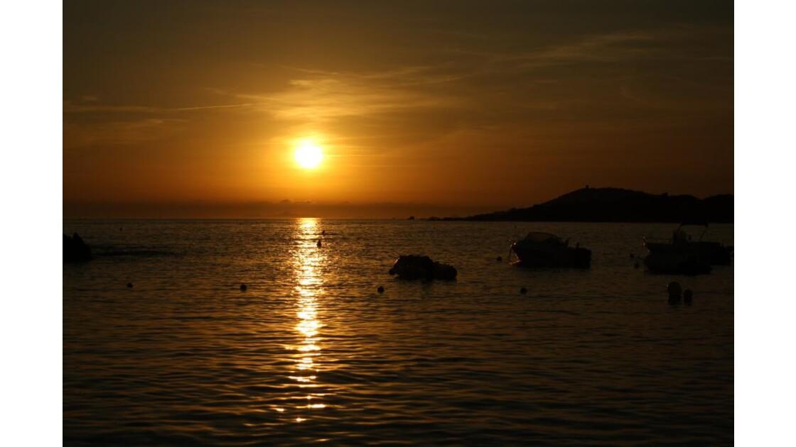 Coucher de soleil plage de Rupione.