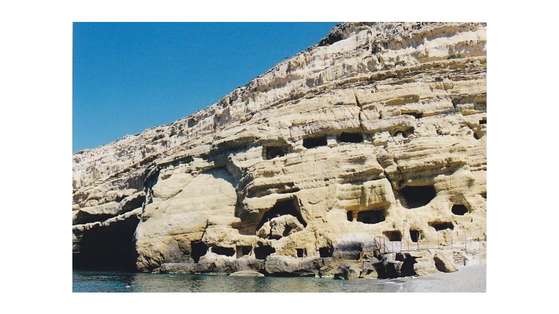 grottes de Matala