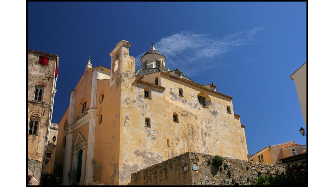 Calvi: l'église San Giovanni Battista.