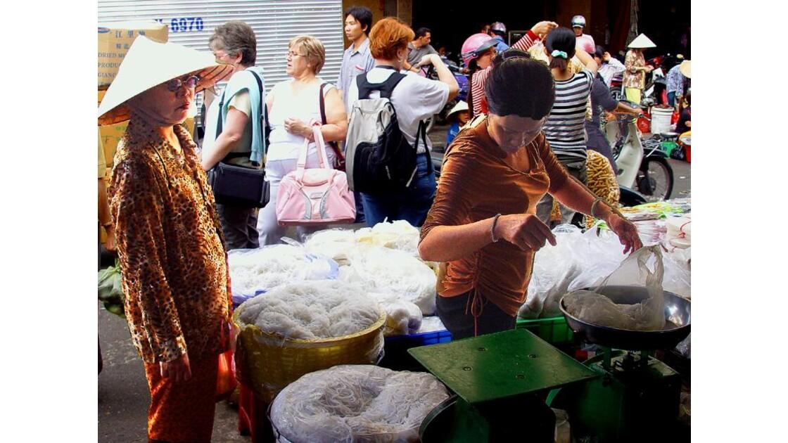 le marché Binh Tây à HoChiMinh ville