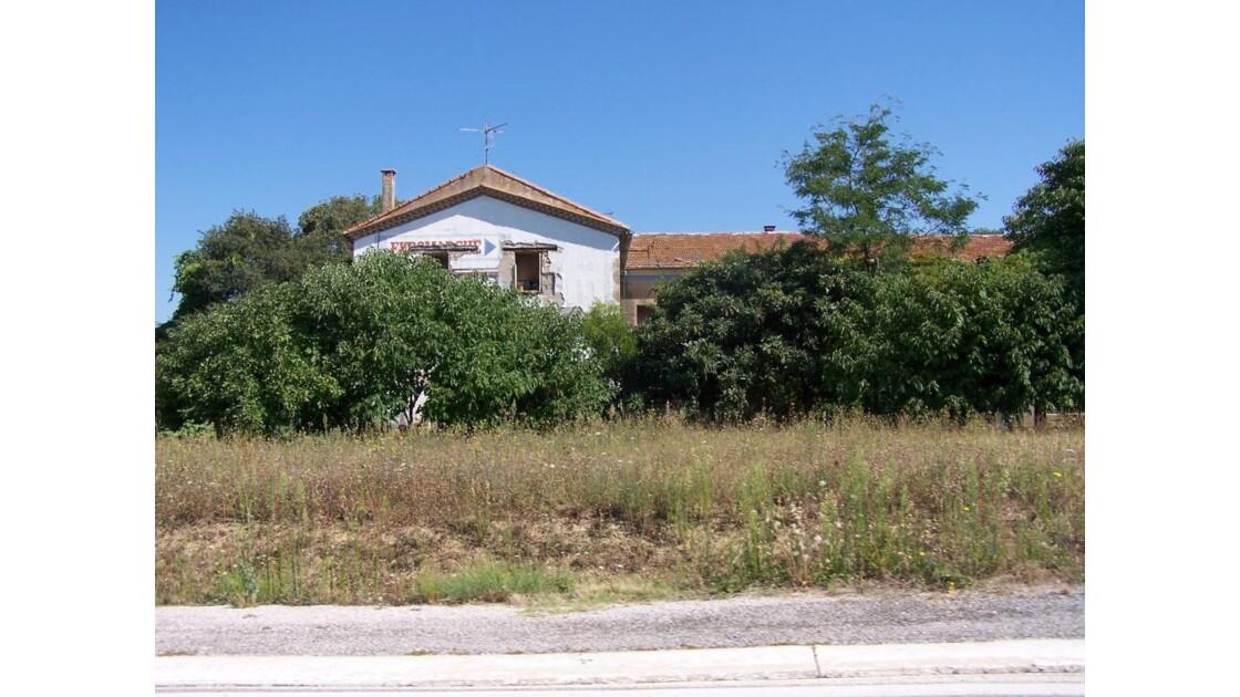ancienne maison abandonnée