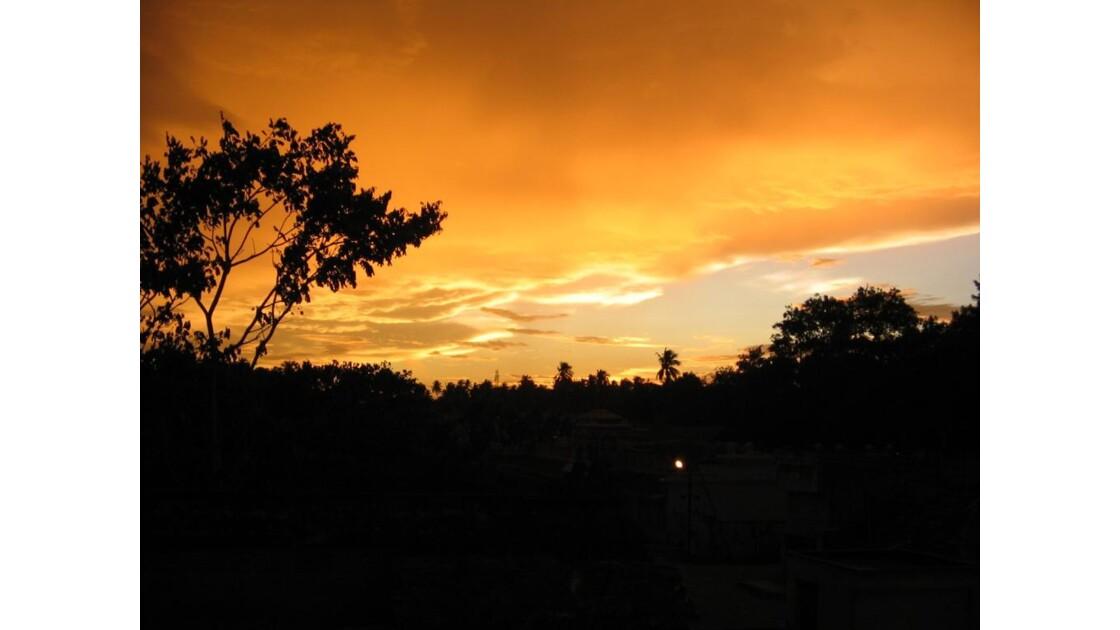 Le ciel rouge