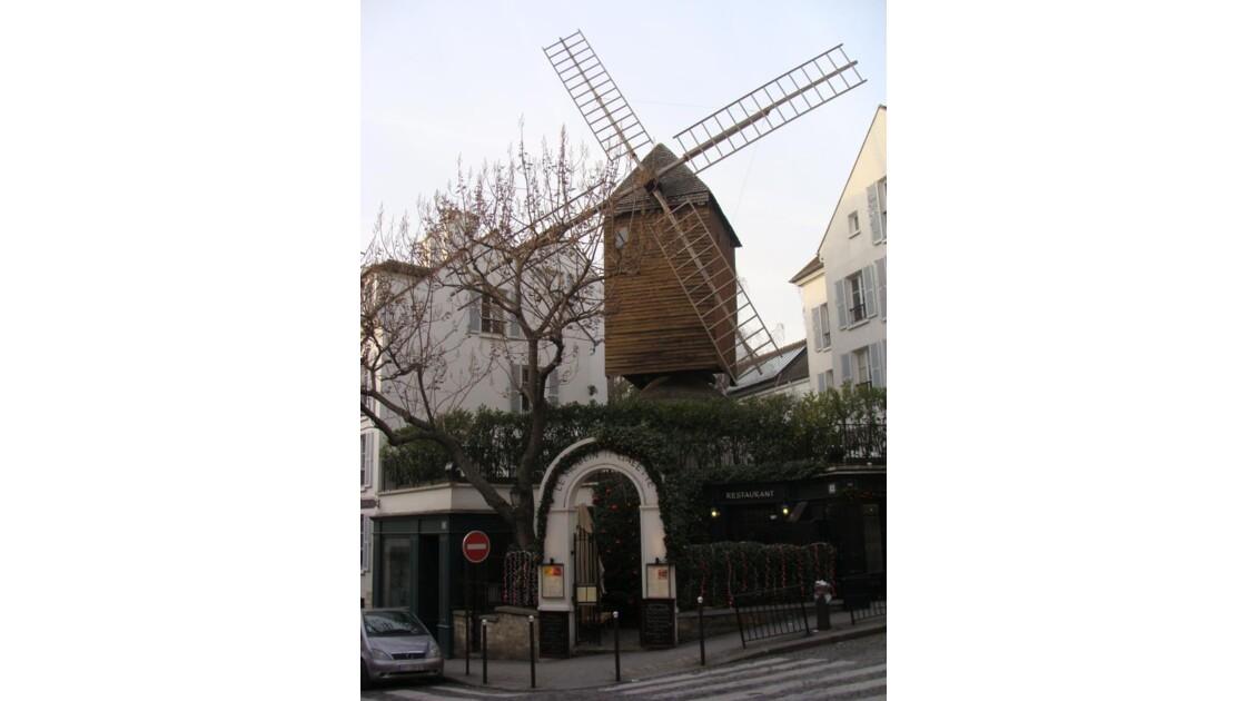 Le Moulin De La Galette 2.JPG