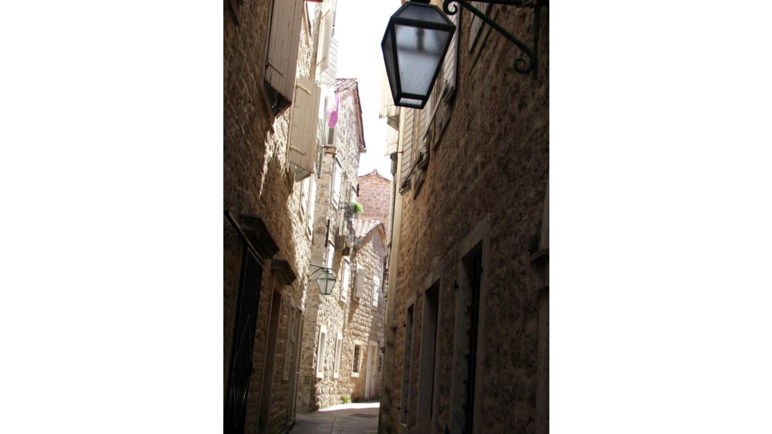Montenegro Budva Stari Grad ruelle