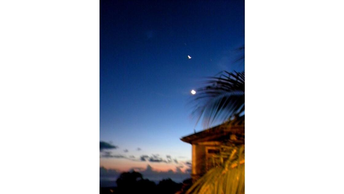 la lune et son etoile