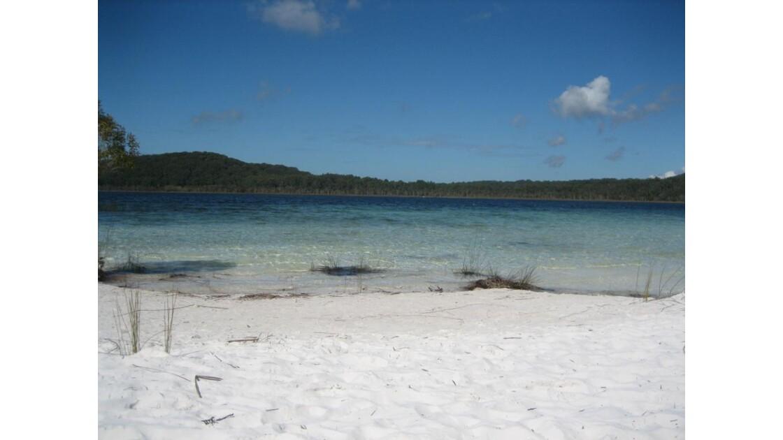lake on fraser island