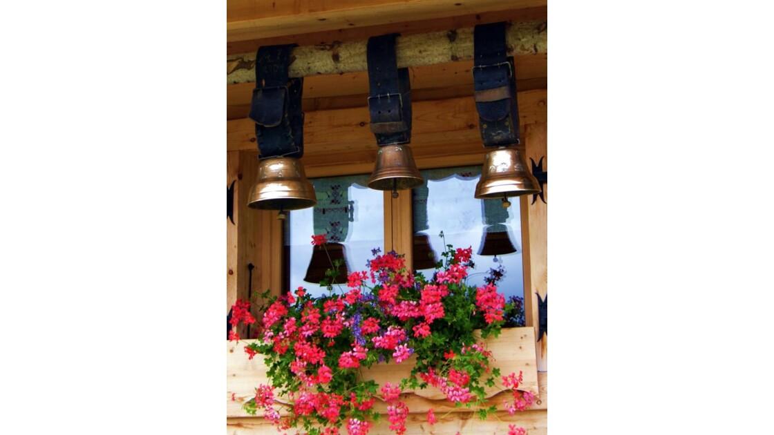 cloches et  fleurs