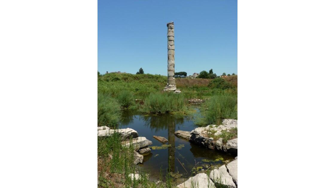 Colonne temple d'Artémis