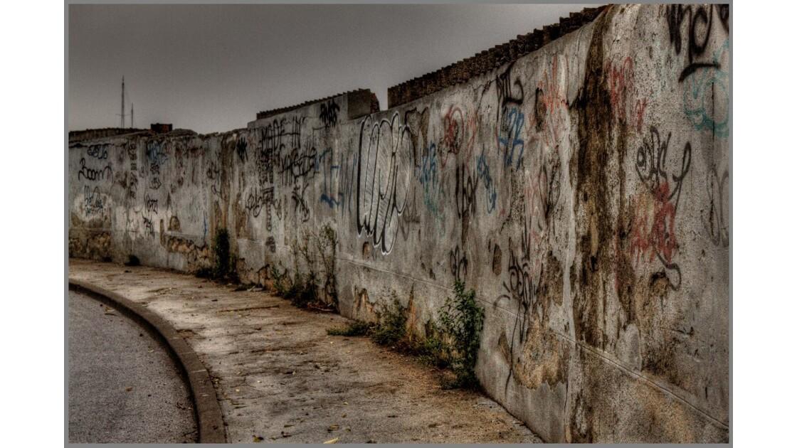 Mur et murmures...