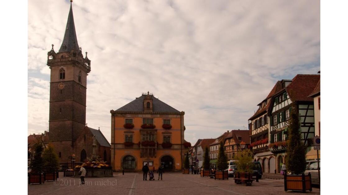 la place et le beffroi d'Obernai