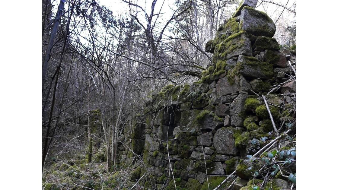 Ruines d'un moulin