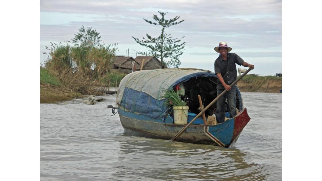 Pêcheur sur le Tonlé Sap