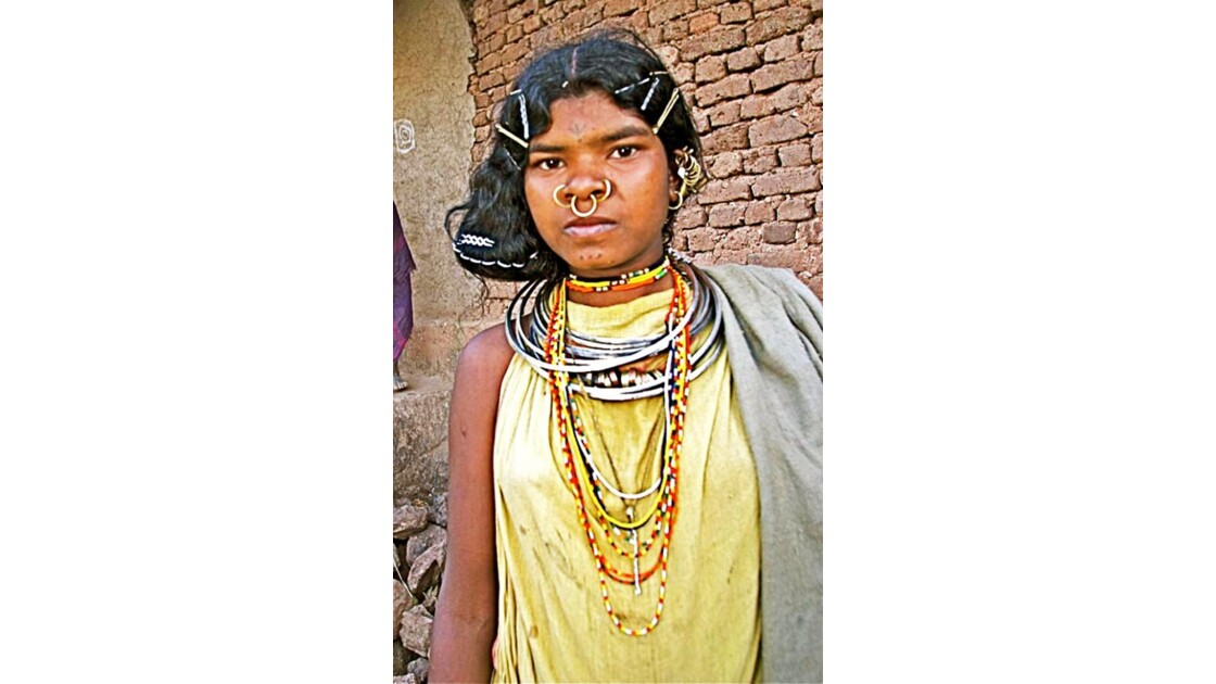 10-74  INDE  (Orissa)