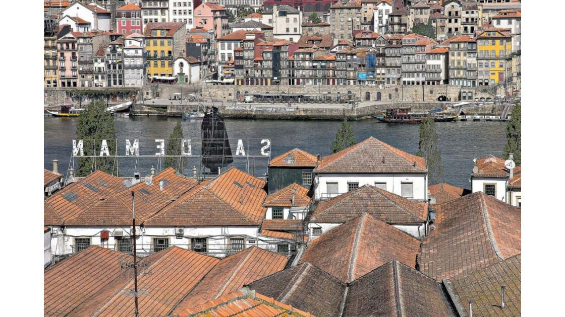roofs of Caléms @ Porto