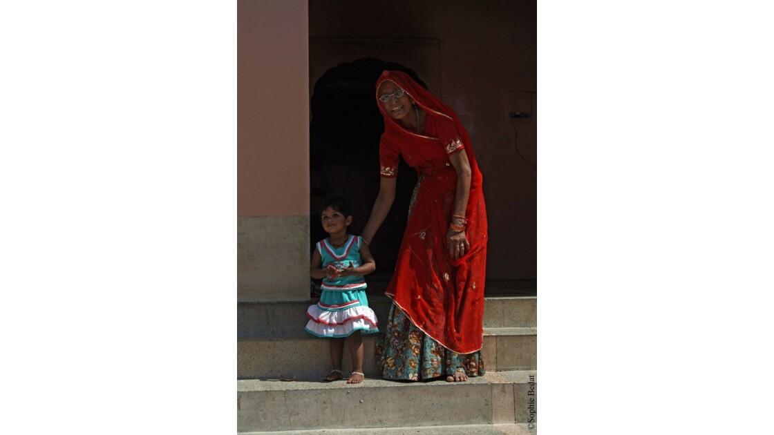 Deshnoke, petite fille et sa grand-mère