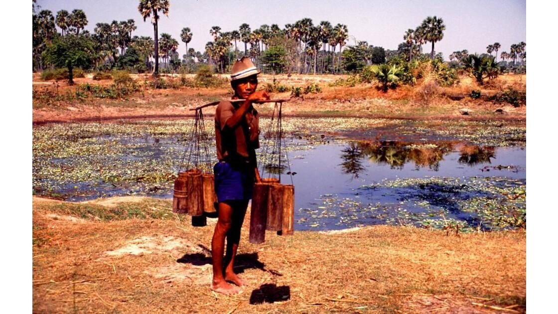 Cambodge recueil de jus de palme4