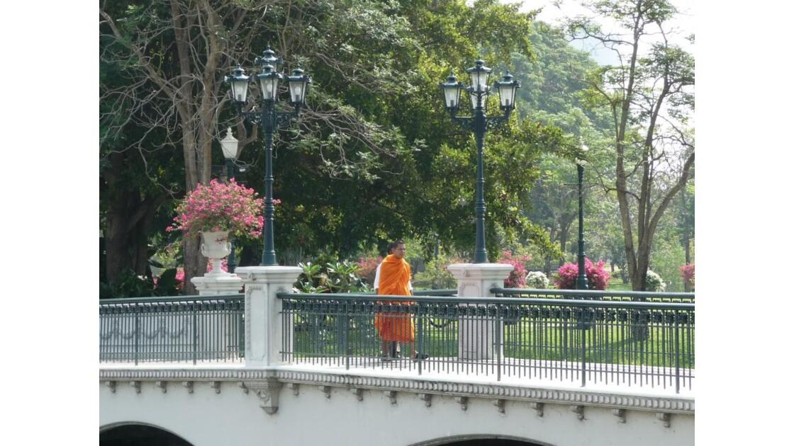 dans le parc du palais d'été