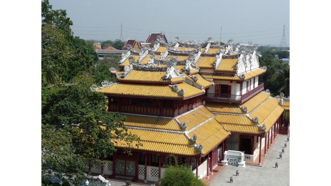 Salle du trône, toit de style chinois