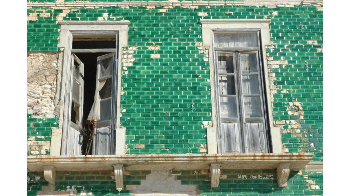 façade à Albufeira- sud du Portugal