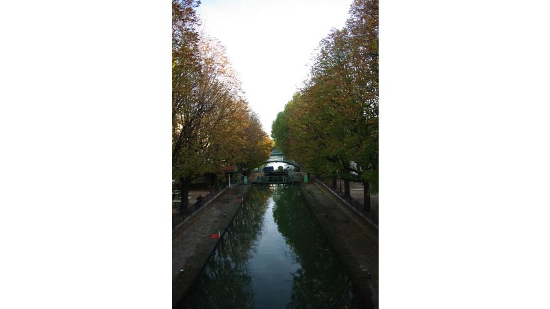 Canal_St_Martin_3392.JPG